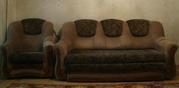 Диван и два кресла.Отличный набор для гостиной.