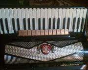 продаю аккордеон рояль стандарт монтана №127 65